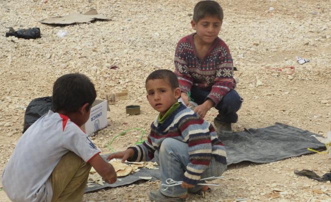 أطفال النازحون السوريون