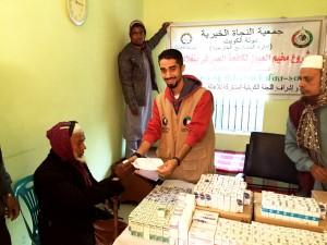 """""""زكاة الشامية"""": مخيم طبي لعلاج مرضى العيون مجانًا في بنغلاديش شارك فيه (15) طبيب"""