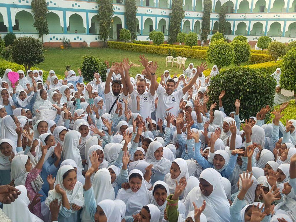 النجاة الخيرية تناشد الخيرين المساهمة في تشييد مجمع تعليمي بالهند