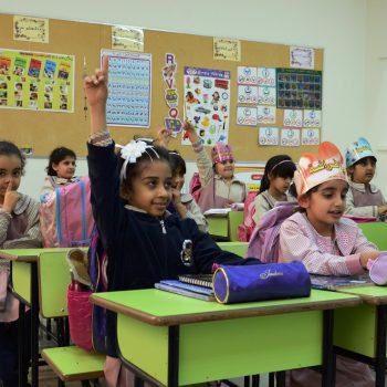 """"""" لجنة طالب العلم """" وجه كويتي مشرق لتعليم الأيتام المعسرين في الداخل والخارج"""