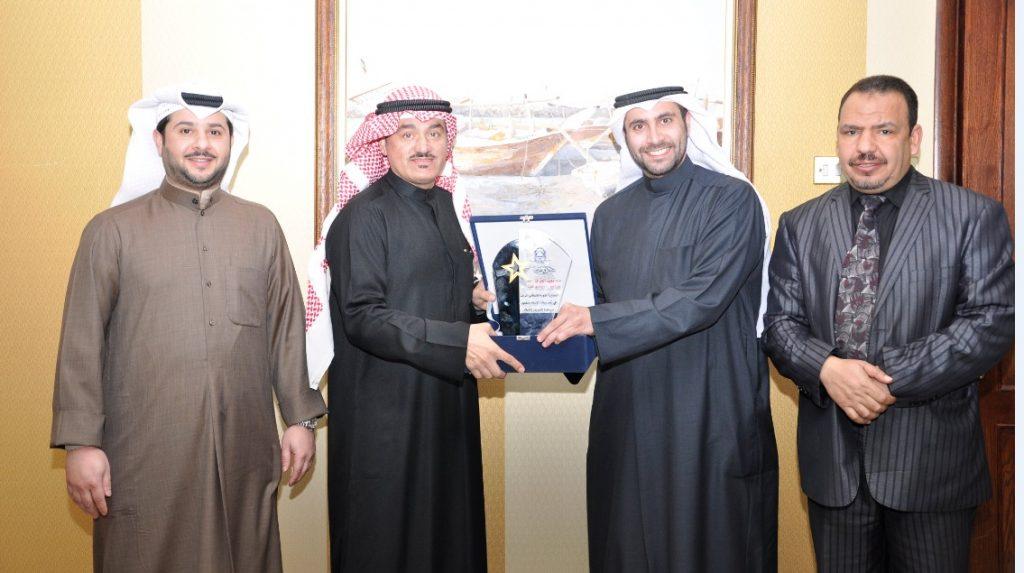 جمعية النجاة الخيرية تكرم تلفزيون الكويت