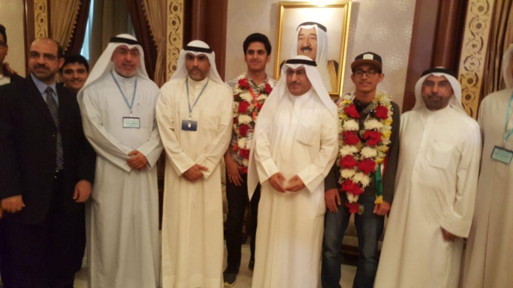 برونزيتين لمدارس النجاة في أولمبياد الرياضيات والفيزياء الخليجي السادس