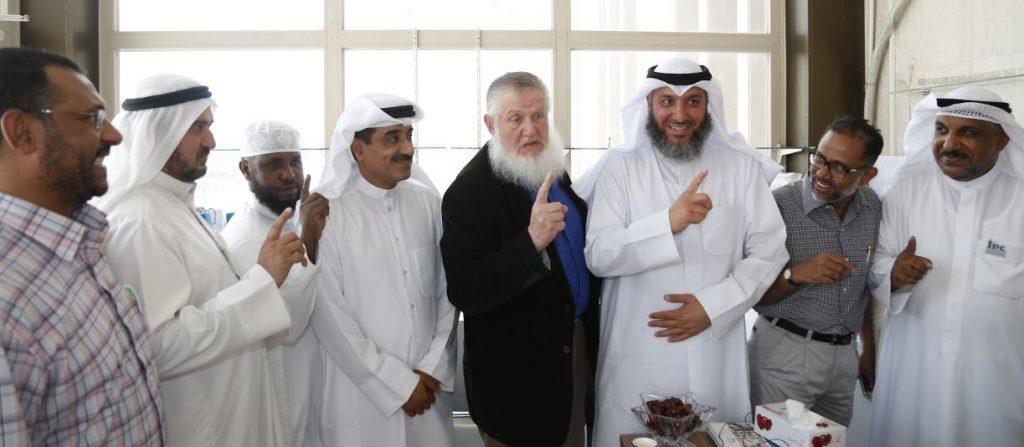 الداعية العالمي يوسف استس للجنة التعريف: ذكرتموني بإشهار إسلامي
