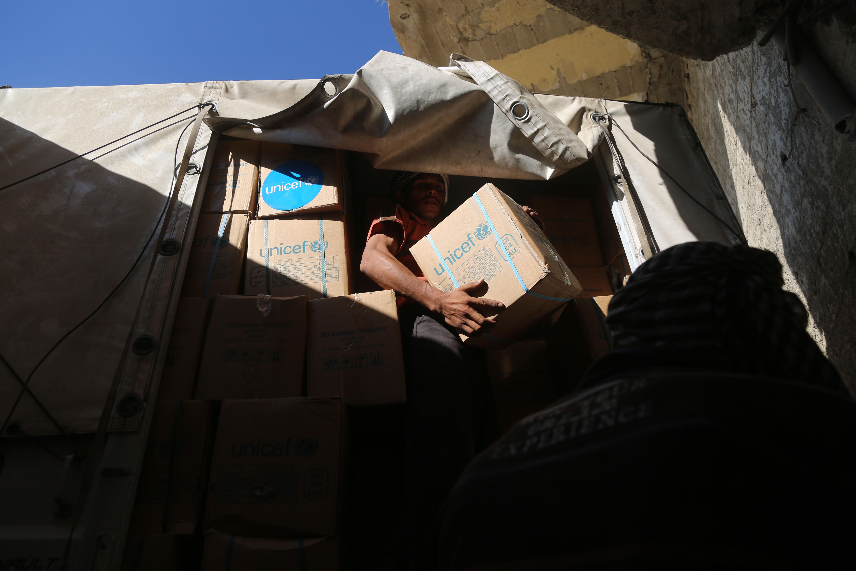 الأسر السورية تكافح من أجل البقاء في شرق الغوطة المحاصر