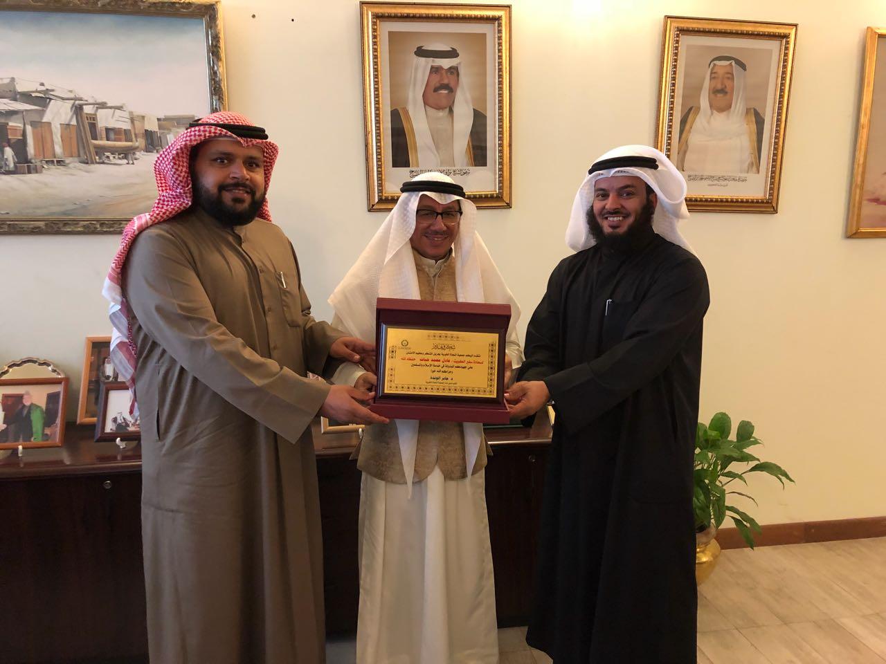 النجاة الخيرية والكويتية للإغاثة يكرمان سفير الكويت ببنجلاديش