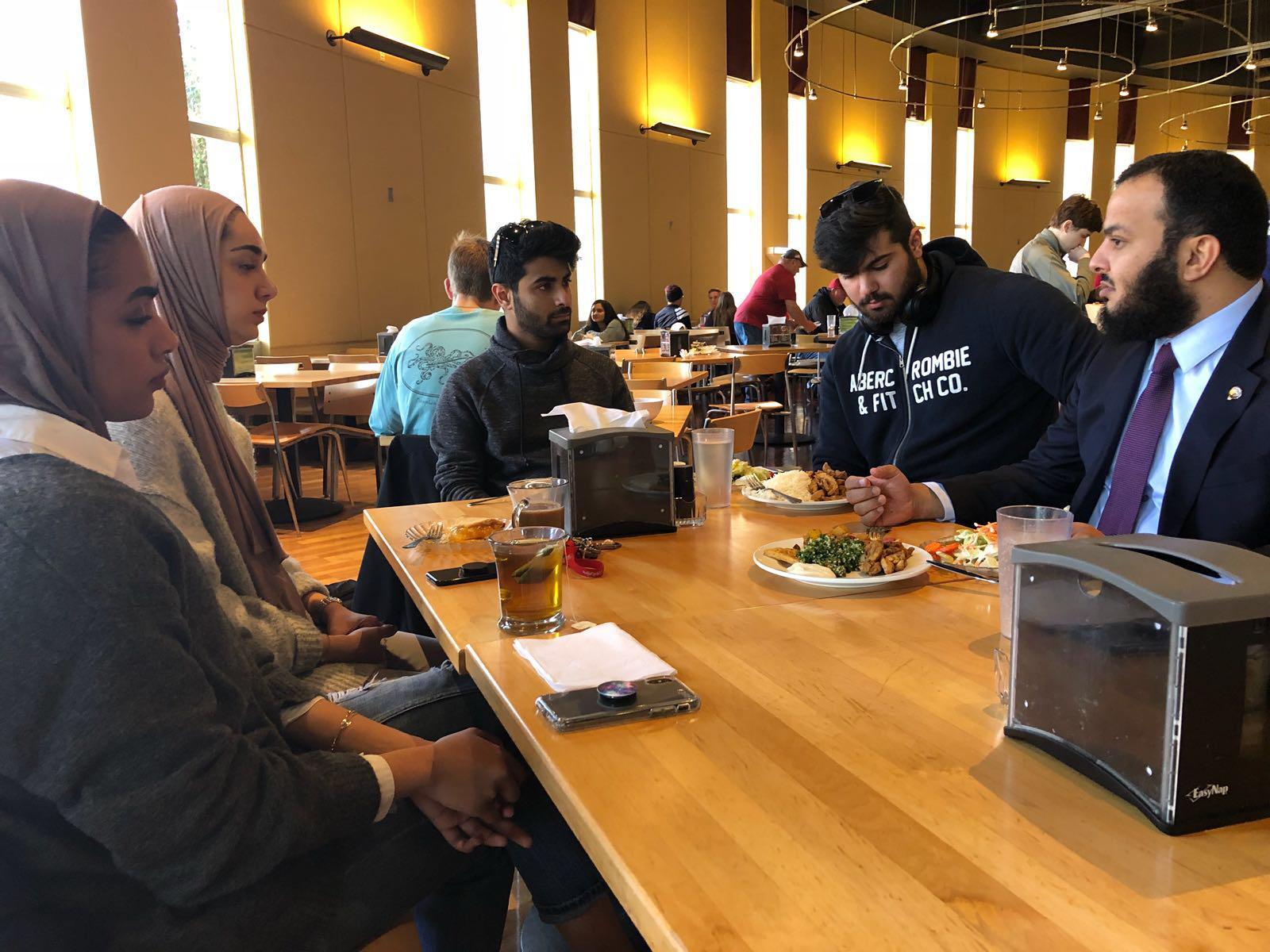 د. جابر الوندة لطلاب الكويت بجامعة أوكلاهما الأمريكية: ننتظر دوركم الرائد في تحقيق التنمية والتطوير